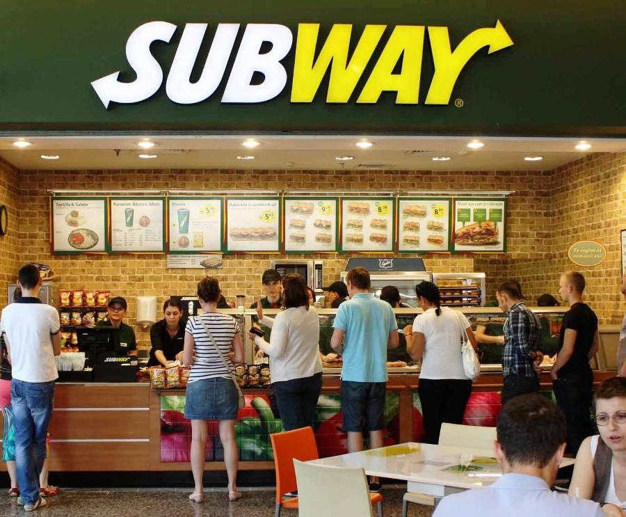 Subway-Fast-Food-Restaurant.jpg